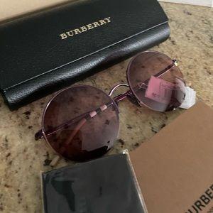 New Burberry round sunglasses 🎉